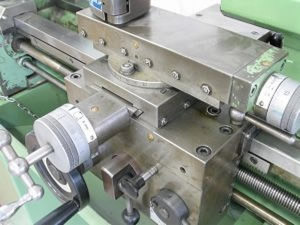 lathe---machines_2789367